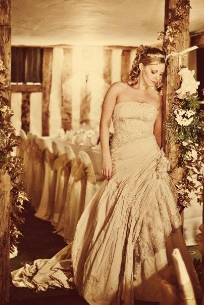 Plan an elegant wedding