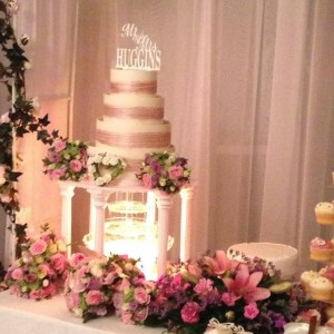 Our cake table