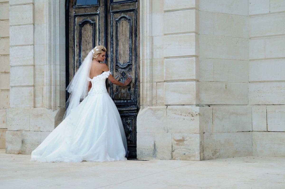 Lockdown: Wedding Planning in Self-Isolation